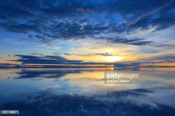 salar de uyuni, bolivia - ウユニ塩湖 ストックフォトと画像