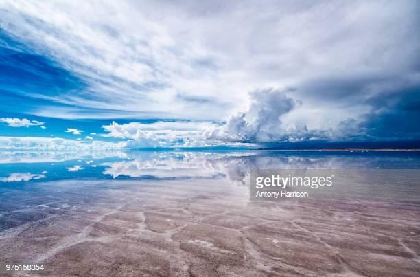 salar de uyuni landscape, bolivia - ウユニ ストックフォトと画像