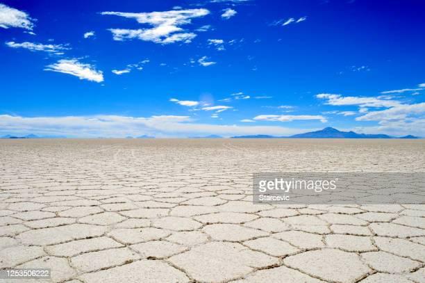 salar de uyuni salt flat in bolivia - bolivia stock pictures, royalty-free photos & images