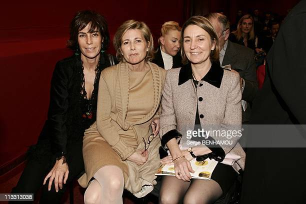 Sale In Drouot For The Profit Of Yellow Pieces 2005 Association On February 14Th 2005 In Paris France Christine Orban Claire Chazal Mme Perben