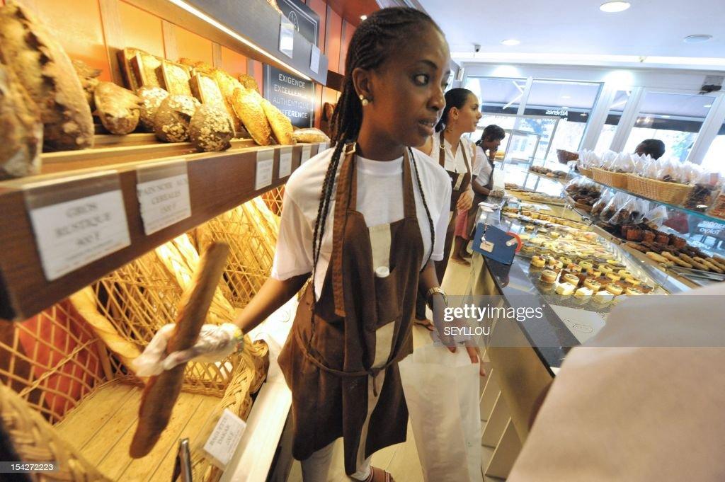 SENEGAL-FRANCE-ECONOMY-BAKERY : News Photo