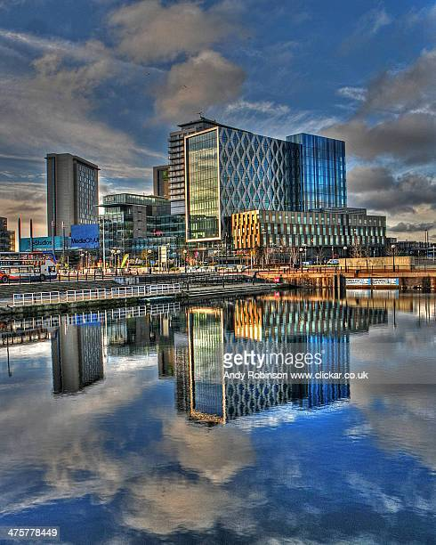 salford quays - salford stock pictures, royalty-free photos & images
