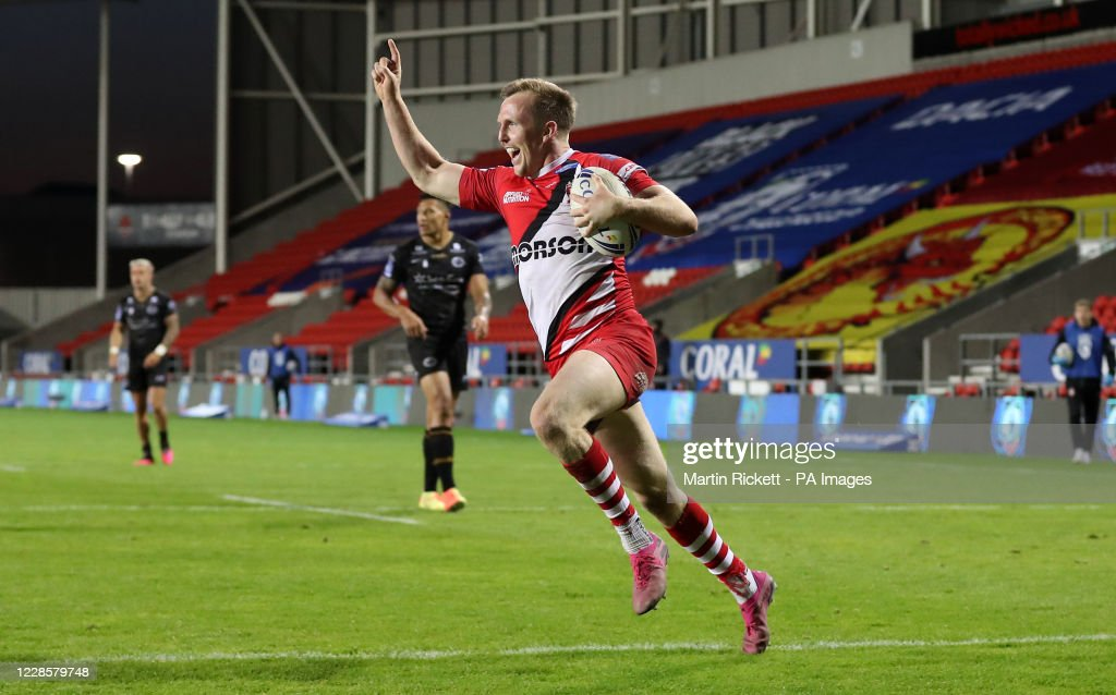 Catalans Dragons v Salford Red Devils - Betfred Super League - Totally Wicked Stadium : News Photo