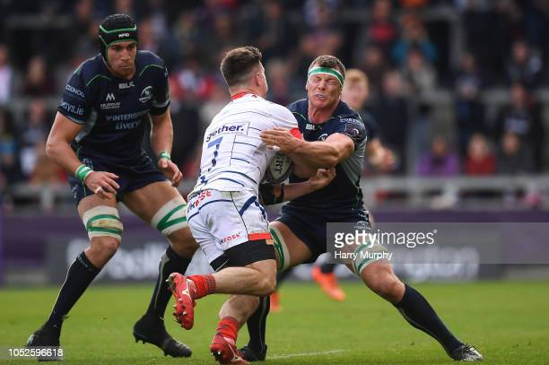 Salford United Kingdom 20 October 2018 Robin Copeland of Connacht in action against Ben Curry of Sale Sharks during the Heineken Challenge Cup Pool 3...