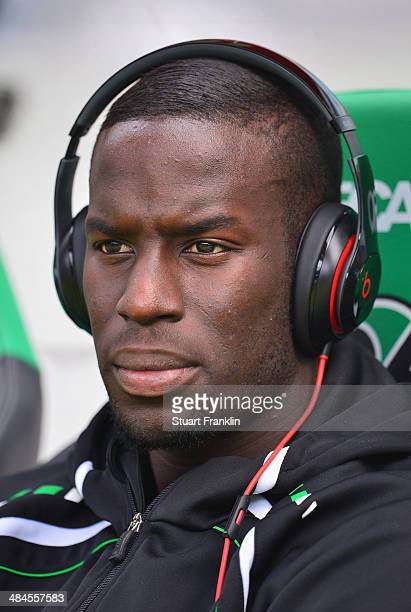 Salif Sane of Hannover listerns to music before the Bundesliga match between Hannover 96 and Hamburger SV at HDIArena on April 12 2014 in Hanover...