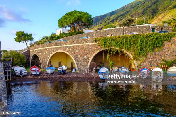 salina, italy - october 11, 2019 - boats on the beach in the aeolian island of salina - finn bjurvoll stock pictures, royalty-free photos & images
