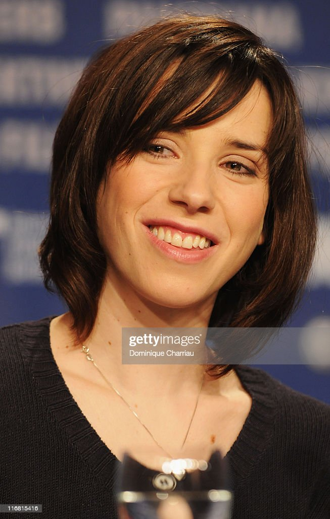 Sally Hawkins attends the 'Happy Go Lucky' photocall during day six of the 58th Berlinale International Film Festival held at the Grand Hyatt Hotel on February 12, 2008 in Berlin, Germany.
