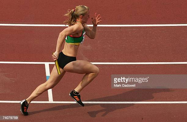 Sally McLellan of Australia leads off for the Australian team in the Womens 4 x 100 Metres Relay during the 2007 IAAF Osaka Grand Prix at Nagai...