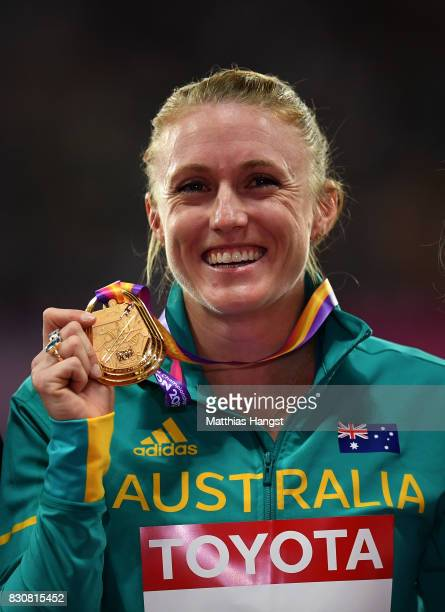 Sally Pearson of Australia gold poses with her medal for the Women's 100 metres hurdles during day nine of the 16th IAAF World Athletics...