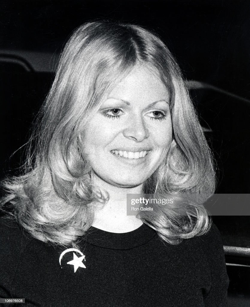 Sally Struthers Nude Photos 74