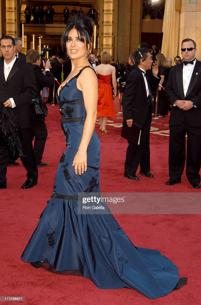 Salma Hayek during The 77th Annual Academy Awards - Arrivals at Kodak Theatre in Hollywood, California, United States.