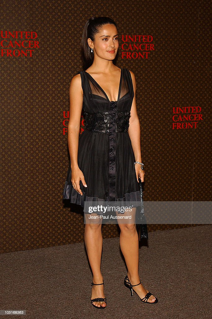 The Louis Vuitton United Cancer Front Gala - Arrivals : News Photo