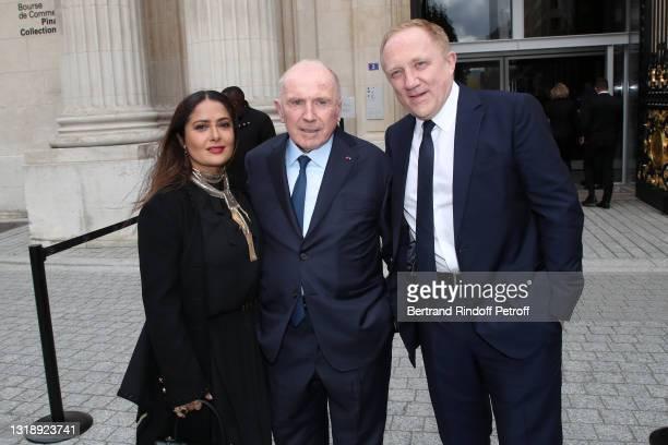 "Salma Hayek, François Pinault and CEO of Kering Group, François-Henri Pinault attend the ""Bourse de Commerce - Pinault Collection, Modern Art..."
