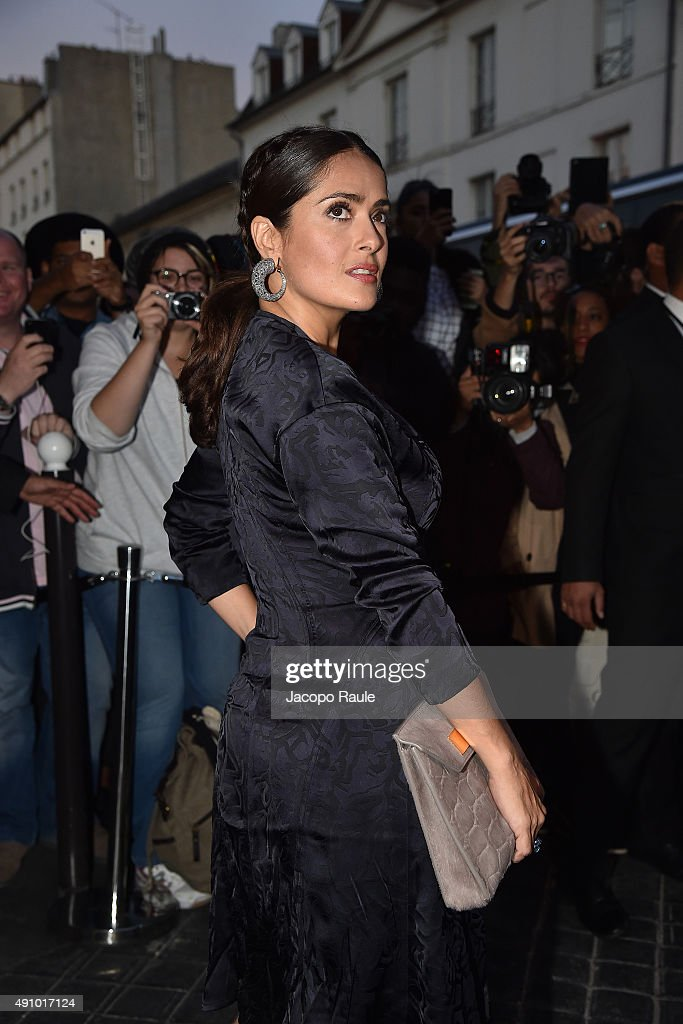 Salma Hayek is seen arriving at Balenciaga Fashion Show during the Paris Fashion Week - Ready To Wear S/S 2016 : Day Four on October 2, 2015 in Paris, France.