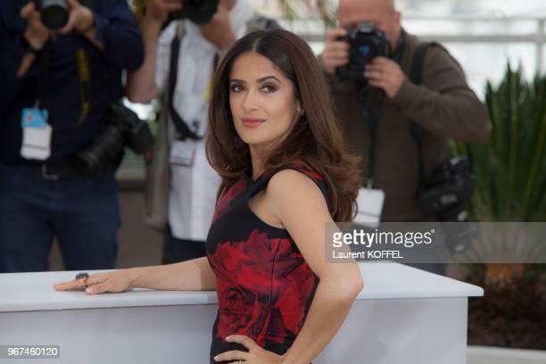 Salma Hayek lors du photocall du film Tale of Tales' pendant le 68eme Festival du Film Annuel au Palais des Festivals le 14 mai 2015 Cannes France