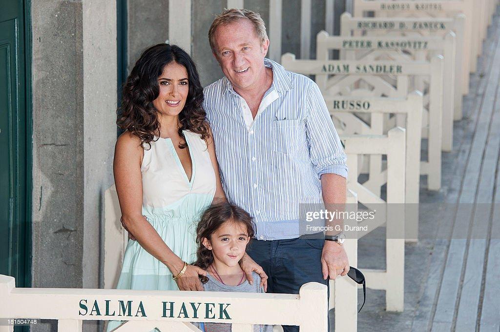 Salma Hayek Photocall - 38th Deauville American Film Festival : ニュース写真