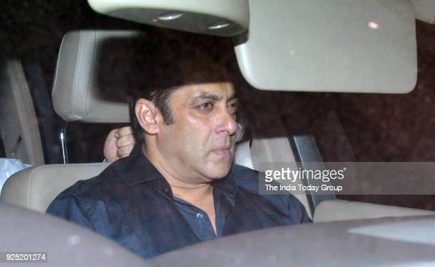 Salman Khan visits Sridevi's house at Green Acres in Mumbai