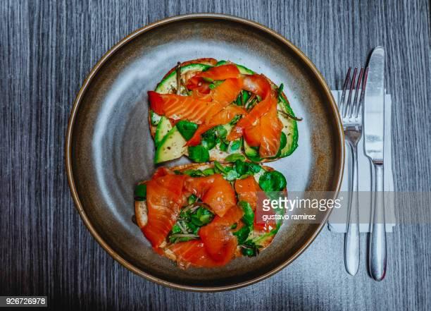 salmon and avocado - lima peru fotografías e imágenes de stock