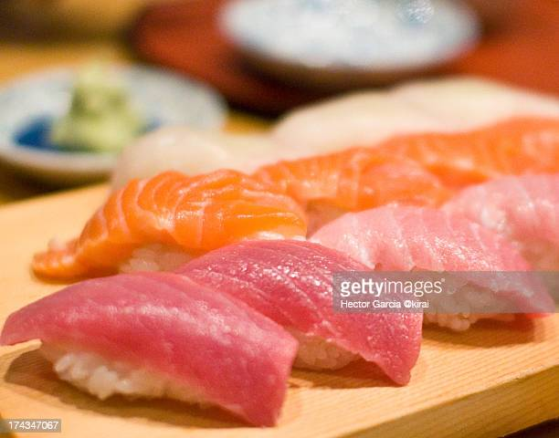salmon and maguro sushi - nigiri stock pictures, royalty-free photos & images