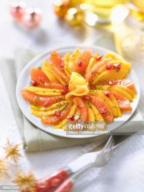 Salmon and mango rosace Sashimi
