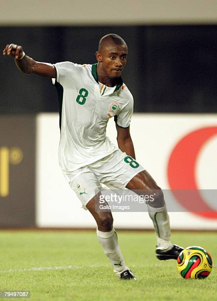 Salmon Kalou runs with the ball during the quater final AFCON match between Ivory Coast and Guinea held February 3, 2008 at the Sekondi Stadium, in...