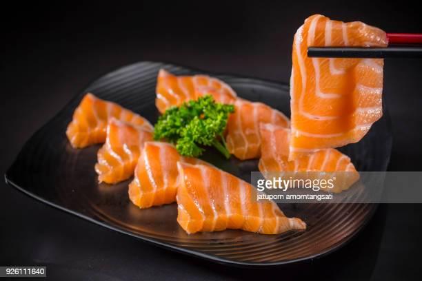 salmon sashimi, japanese food menu - sashimi fotografías e imágenes de stock