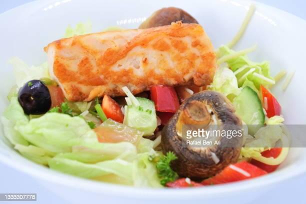 salmon steak fish fillet served in a bowl - rafael ben ari imagens e fotografias de stock