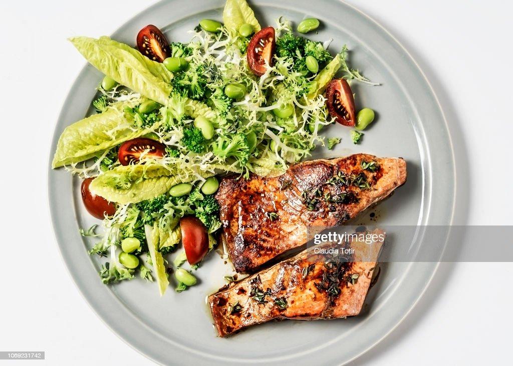 Salmon with fresh salad : Stock Photo