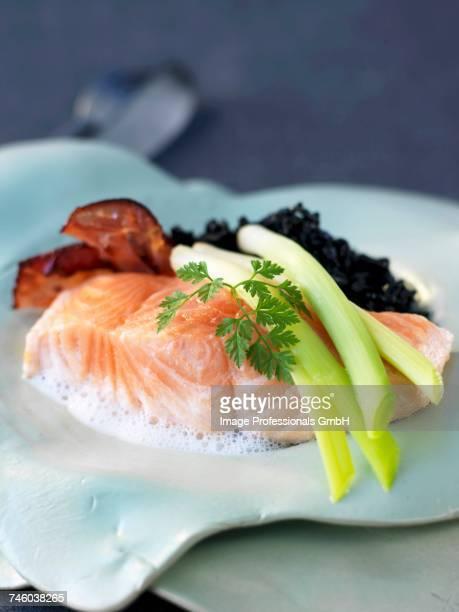 Salmon with leeks