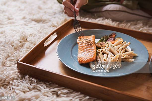 Salmon with pasta and vegetables