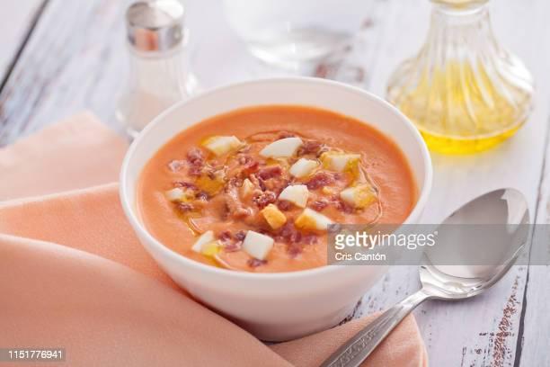 salmorejo soup - cris cantón photography fotografías e imágenes de stock
