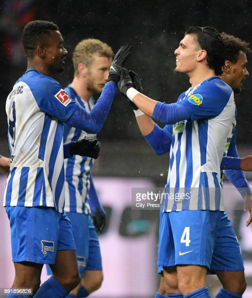 Salomon Kalou and Karim Rekik of Hertha BSC celebrate after scoring the 10 during the game between Hertha BSC and Hannover 96 on december 13 2017 in...