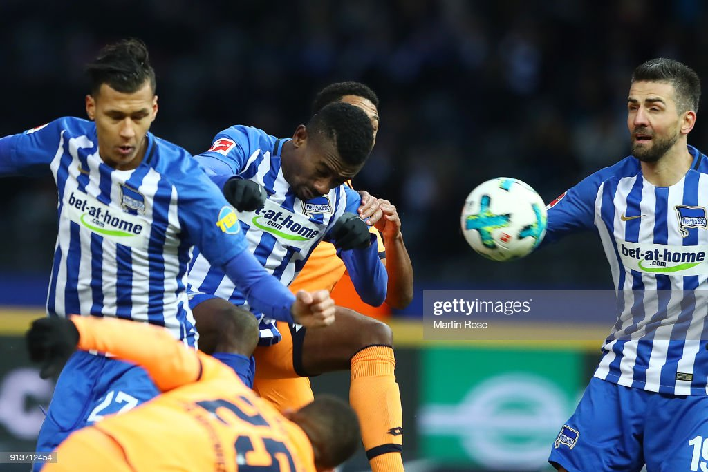Salomon Kalou of Berlin (3rd right) heads a goal to make it 1:1 during the Bundesliga match between Hertha BSC and TSG 1899 Hoffenheim at Olympiastadion on February 3, 2018 in Berlin, Germany.