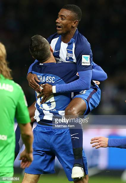 Salomon KalouBERLIN GERMANY NOVEMBER 04 Salomon Kalou of Berlin jubilates with team mate Vedad Ibisevic after scoring the first goal during the...