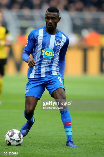 Salomon Kalou of Berlin runs with the ball during the Bundesliga match between Borussia Dortmund and Hertha BSC at Signal Iduna Park on October 27...