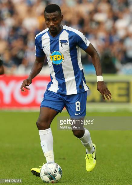 Salomon Kalou of Berlin runs with the ball during the Bundesliga match between Hertha BSC and VfL Wolfsburg at Olympiastadion on August 25, 2019 in...
