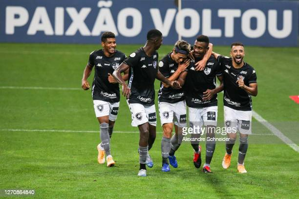 Salomon Kalou of Botafogo celebrates with teammates after scoring his team's second goal of during the match against Corinthians as part of the...