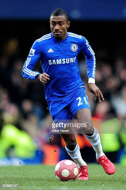 Salomon Kalou of Chelsea runs with the ball during the Barclays Premier League match between Chelsea and West Ham United at Stamford Bridge on March...