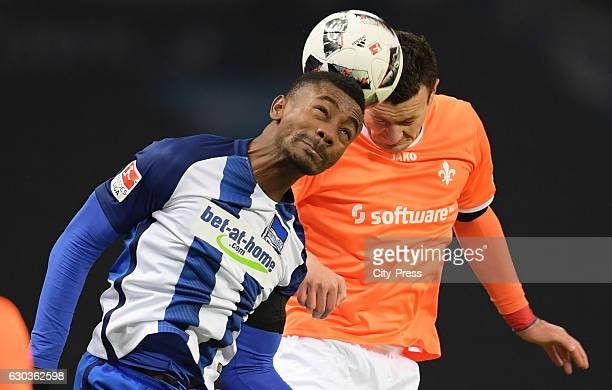 Salomon Kalou of Hertha BSC and Artem Fedetsky of SV Darmstadt 98 during the game between Hertha BSC and SV Darmstadt 98 on december 21 2016 in...