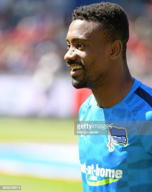 Salomon Kalou of Hertha BSC before the Bundesliga game between Hannover 96 and Hertha BSC at HDI Arena on May 5 2018 in Hannover Germany