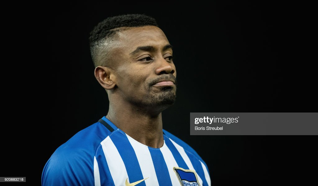 Salomon Kalou of Hertha BSC looks dejected during the Bundesliga match between Hertha BSC and 1. FSV Mainz 05 at Olympiastadion on February 16, 2018 in Berlin, Germany.