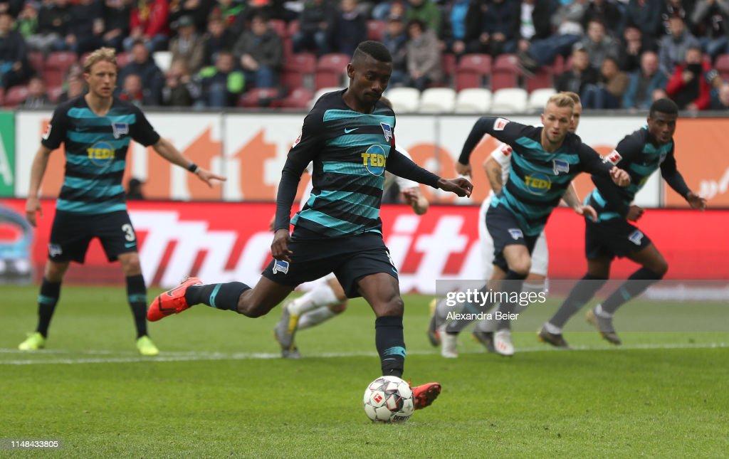 FC Augsburg v Hertha BSC - Bundesliga : Nachrichtenfoto