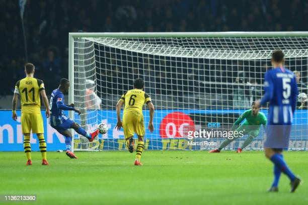 Salomon Kalou of Hertha BSC scores his team's second goal during the Bundesliga match between Hertha BSC and Borussia Dortmund at Olympiastadion on...