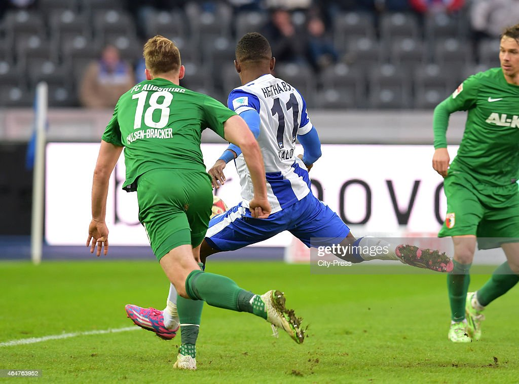 Hertha BSC v FC Augsburg - Bundesliga : News Photo