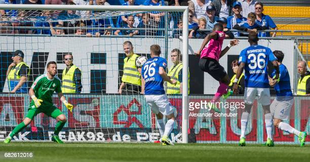 Salomon Kalou of Hertha BSC scores the first goal for his team during the Bundesliga match between SV Darmstadt 98 and Hertha BSC at Stadion am...