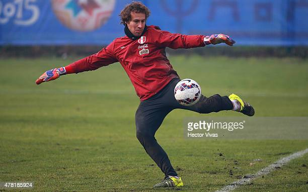 Salomon Libman of Peru during a training session at German Becker Stadium on June 23 2015 in Temuco Chile Peru will face Bolivia as part of 2015 Copa...