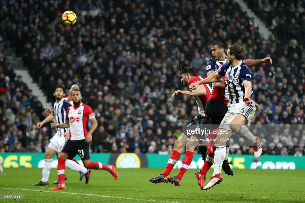 Salomon Rondon of West Bromwich Albion scores a goal to make it 2-3 during the Premier League match between West Bromwich Albion and Southampton at The Hawthorns on February 3, 2018 in West Bromwich, England.