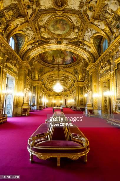 Salon des conférences du Sénat le 18 novembre 2014 Paris France
