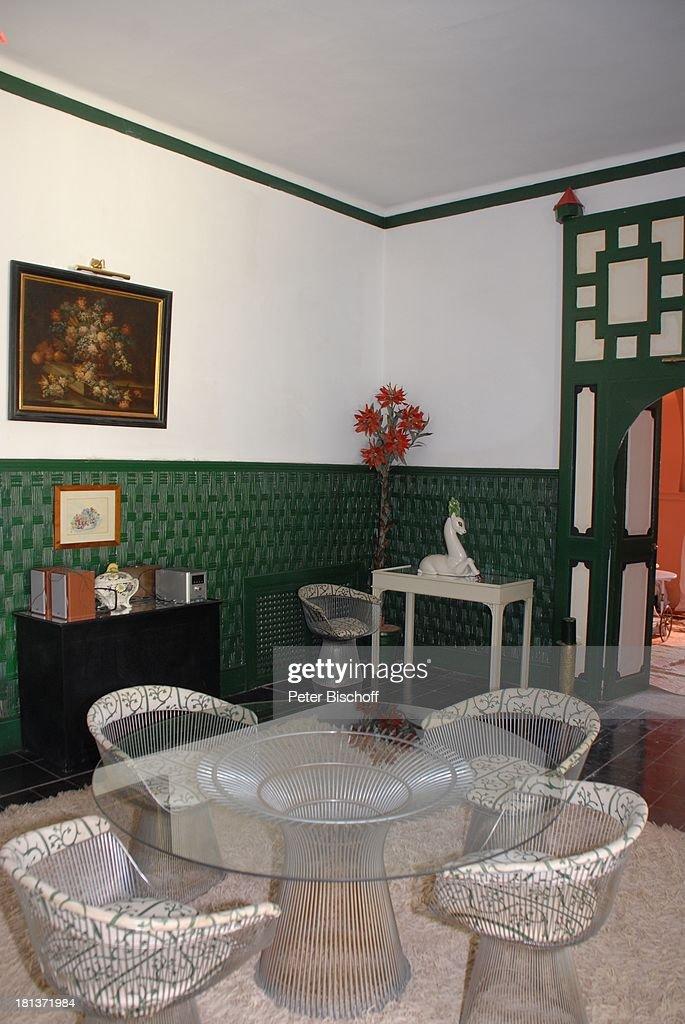 Salon Mit Tisch In Villa Von Henriette Von Bohlen Und Halbach Homestory  Villa U0027Bled Targui