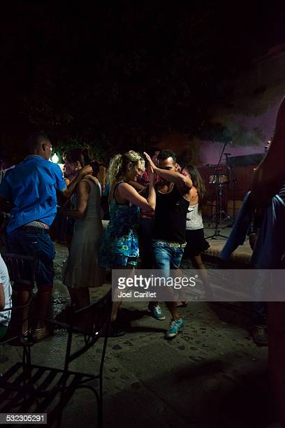 salsa dancing in trinidad, cuba - salsa dancing stock photos and pictures